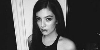 54823f353119c_-_mcx-lorde-straight-hair-