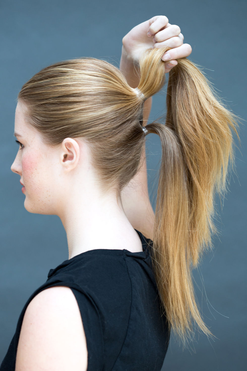 Sensational 10 Easy Hairstyles You Can Do In 10 Seconds Diy Hairstyles Short Hairstyles Gunalazisus