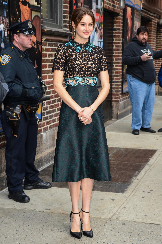 Shailene Woodley Red Carpet Style Shailene Woodley Insurgent Fashion