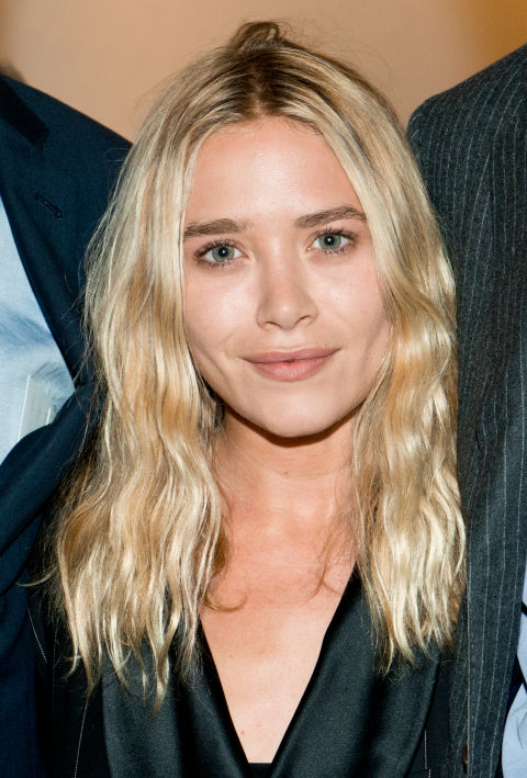 Olsen perfects the all-natural, wavy look by enhancing her blessed-with-it beachy texture with some sea salt spray (we can only assume).