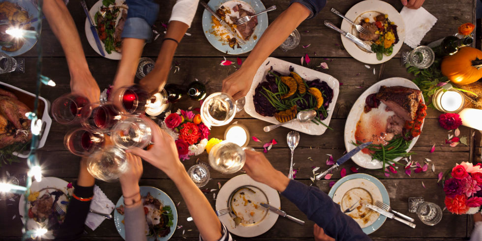 how to throw a millennial dinner party - dinner party how-to