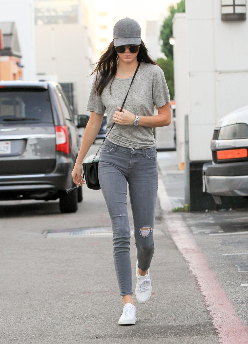Gigi Hadid And Kendall Jenner Version