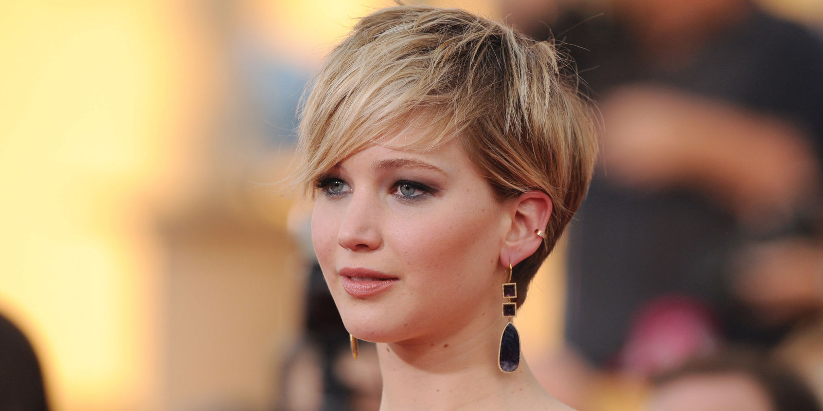 30 Best Pixie Cuts on Celebrities - Pixie Hairstyle Ideas
