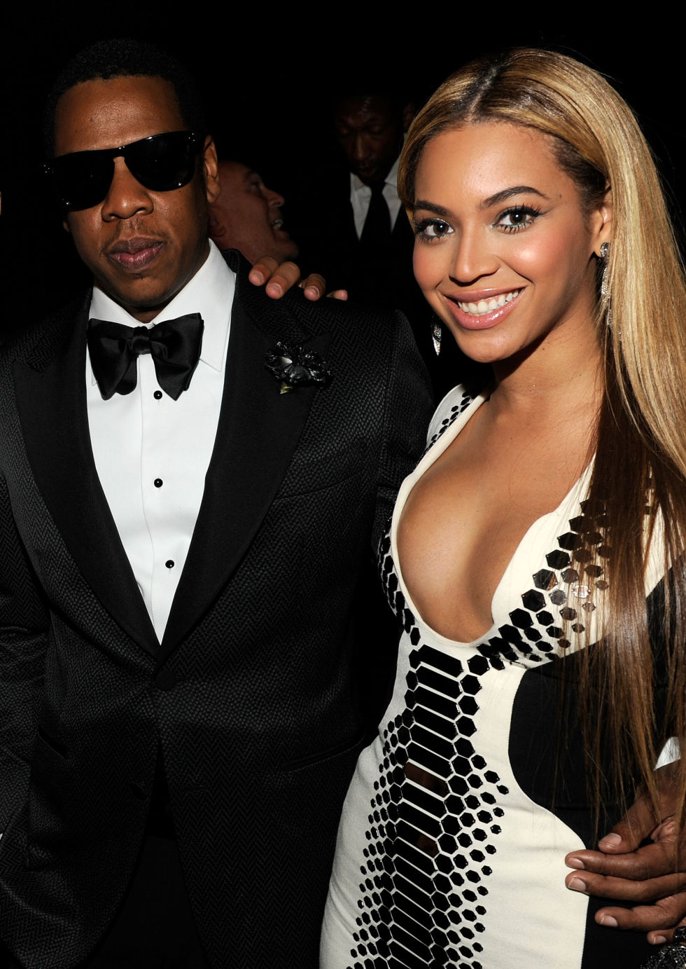 - 16 Amazing New Year's Eve Outfits Celebs Rocked Over The Years