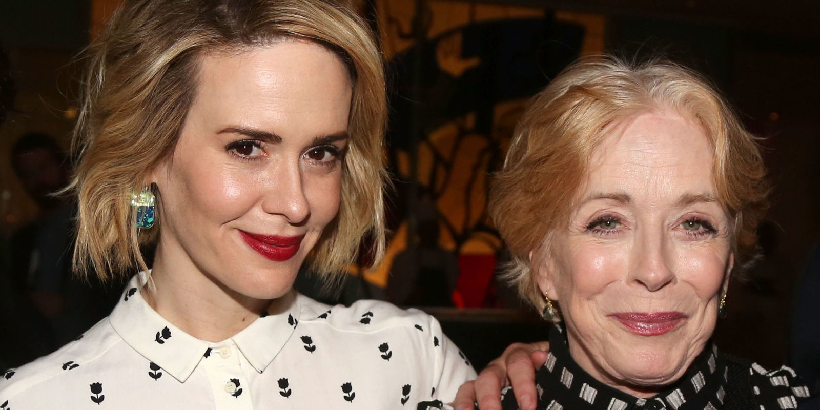 Who is sarah paulson dating