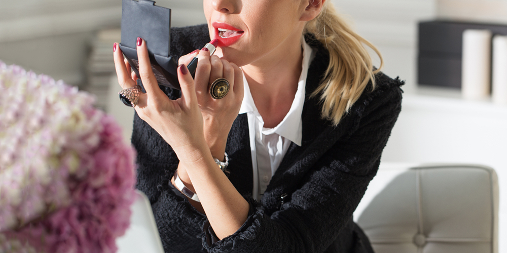 Wearing Lipstick To Work Study Why You Should Wear Red