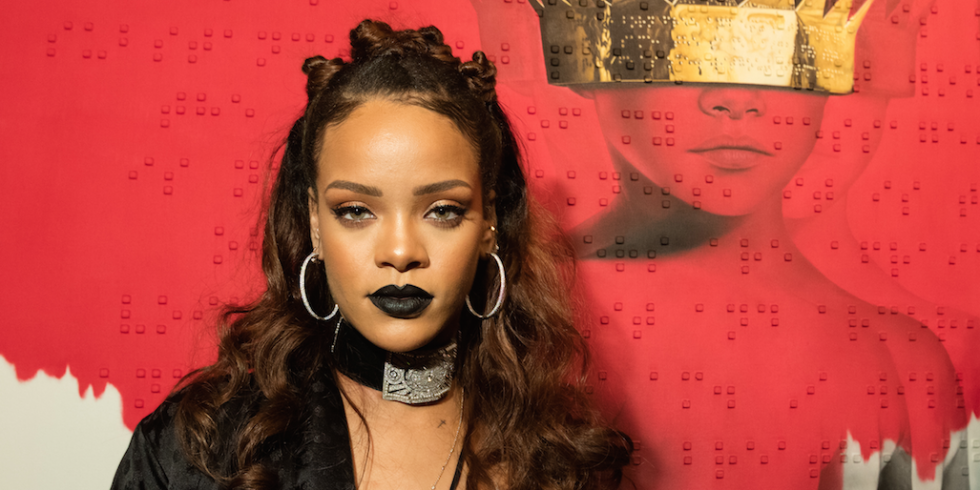 Rihanna's New Album Reportedly Sold 460 Copies Its First Week