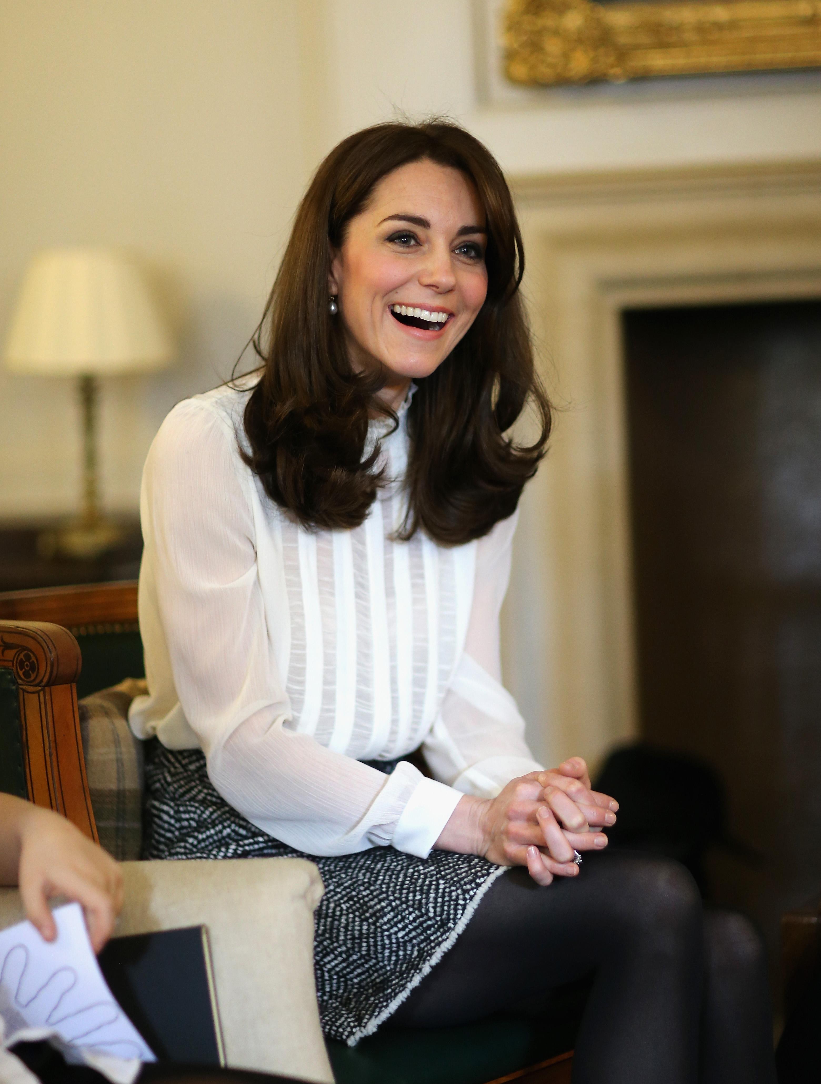 Kate Middleton Carries Tod S Bag Princess Diana Tod S D Bag