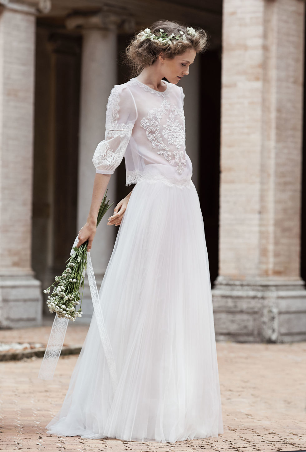 8d3484fd52f28 13 unique wedding dresses for 2016 non traditional spring wedding dresses