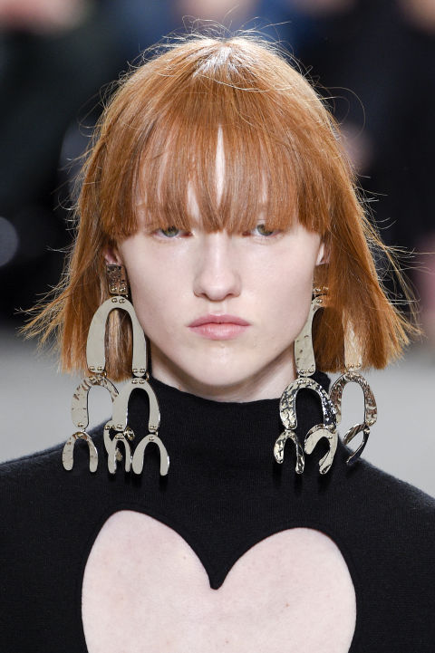 Spring 2017 big earring trend accessories fashion week 2016 for What can you make out of horseshoes