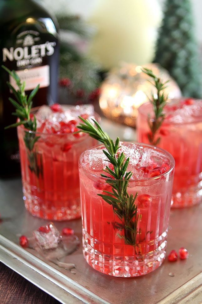 100+ Christmas Cocktails & Holiday Alcoholic Drink Recipes