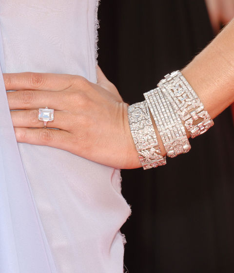 picture Why doesn't Donald Trump wear a wedding ring