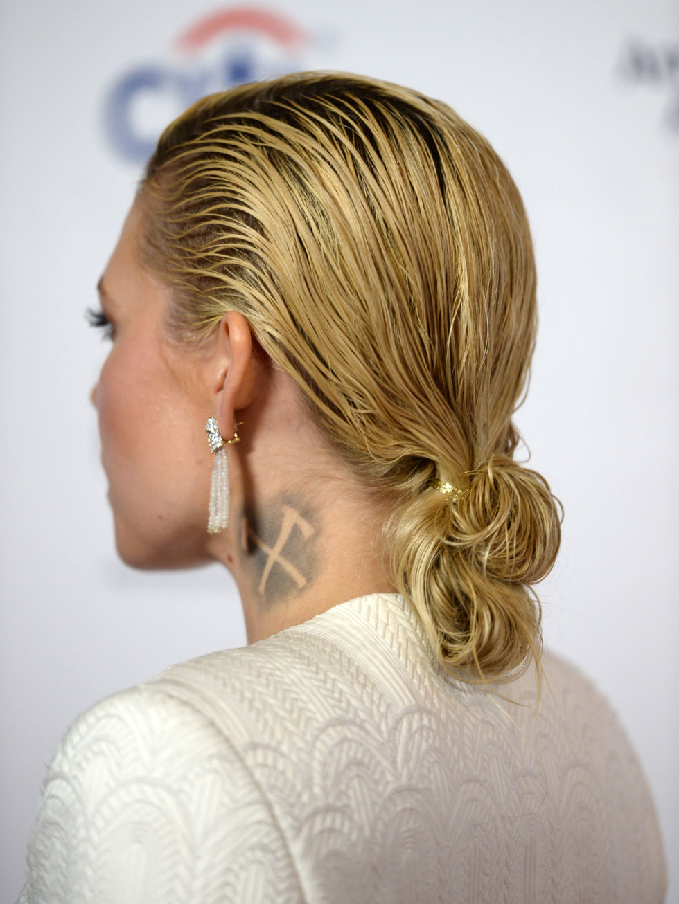Strange Hairstyles You Can Do With One Hair Tie Easy Hair Ideas Spring 2015 Short Hairstyles For Black Women Fulllsitofus