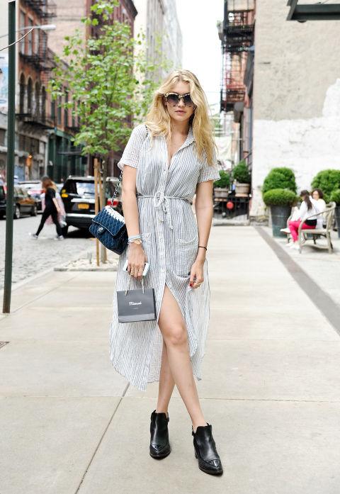Um vestido de camisa solto que é mais caftan do que business-casual & nbsp; é uma maneira de se sentir como se estivesse na praia em vez de no meio de uma selva de concreto. & Nbsp;