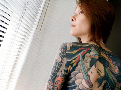 Born into the japanese mob for Female yakuza tattoo
