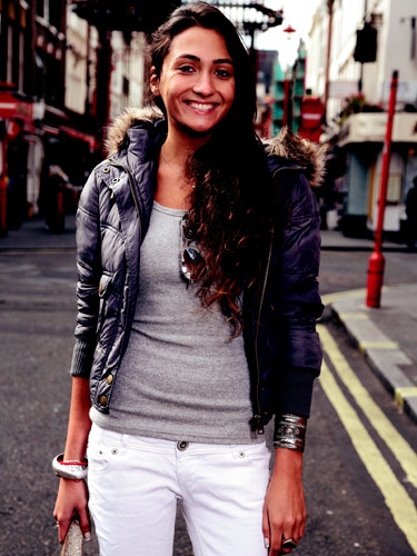 Beautiful Women in London England - Women in London