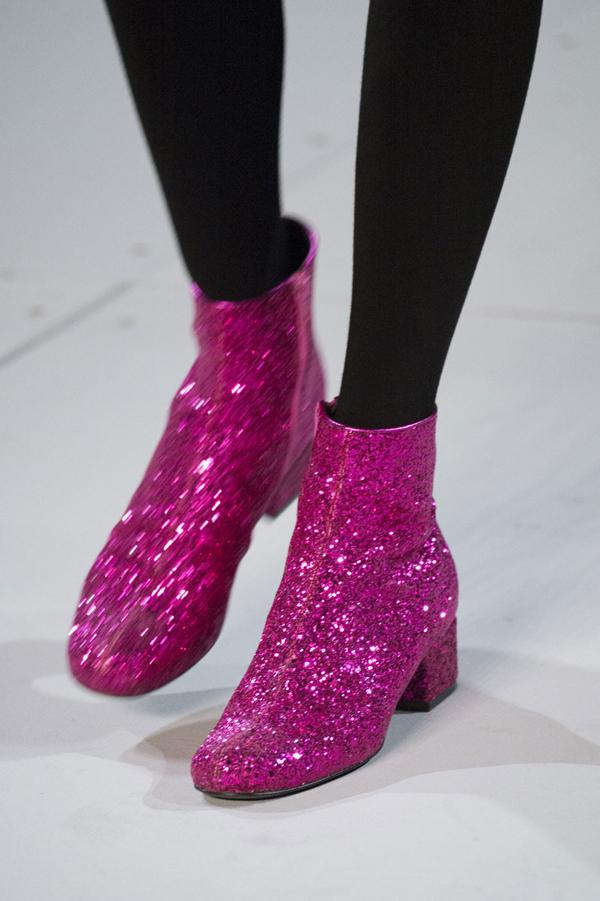 54851b24e7da3_-_mcx-saint-laurent-boots.