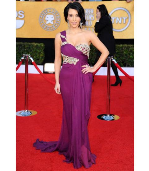 Kim Kardashian Style Photos - Kim Kardashian Red Carpet Fashion ...